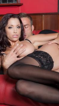 Faye reagan sure knows how to be a good lesbian girlfriend 5